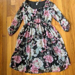 NWT Black Floral Chiffon Maternity Dress M